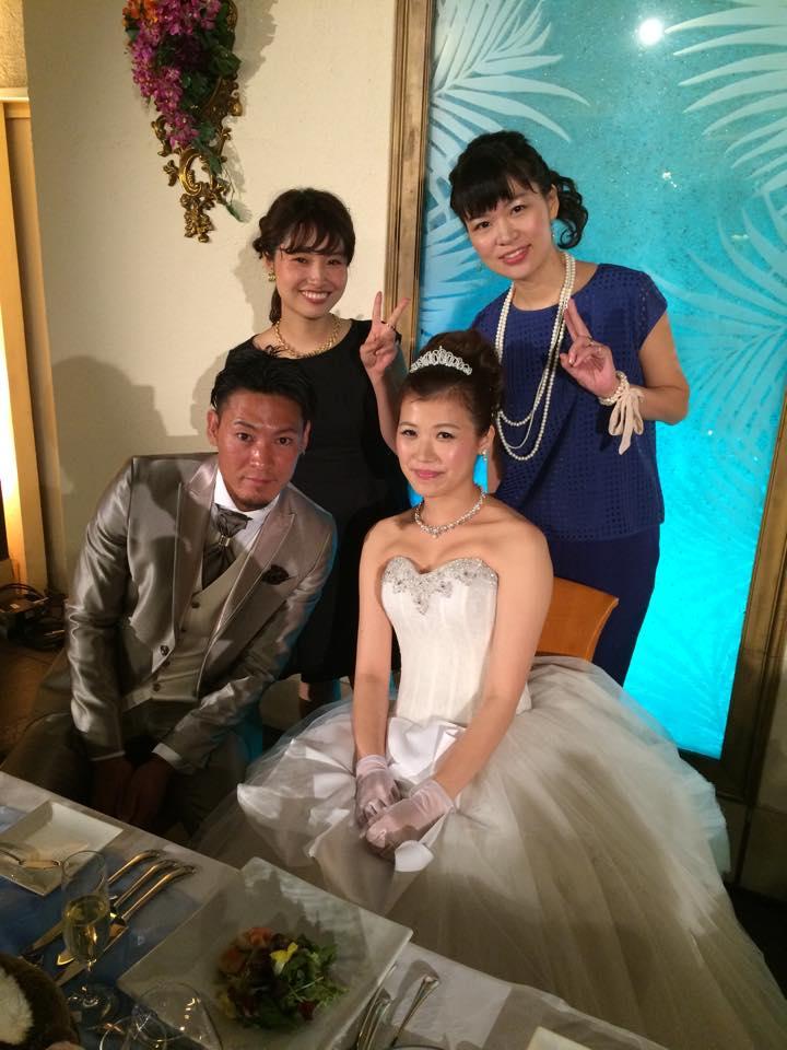 さりいさん、旦那様、女子美卒業生の村上さん(左後ろ)、中村さん(右後ろ)
