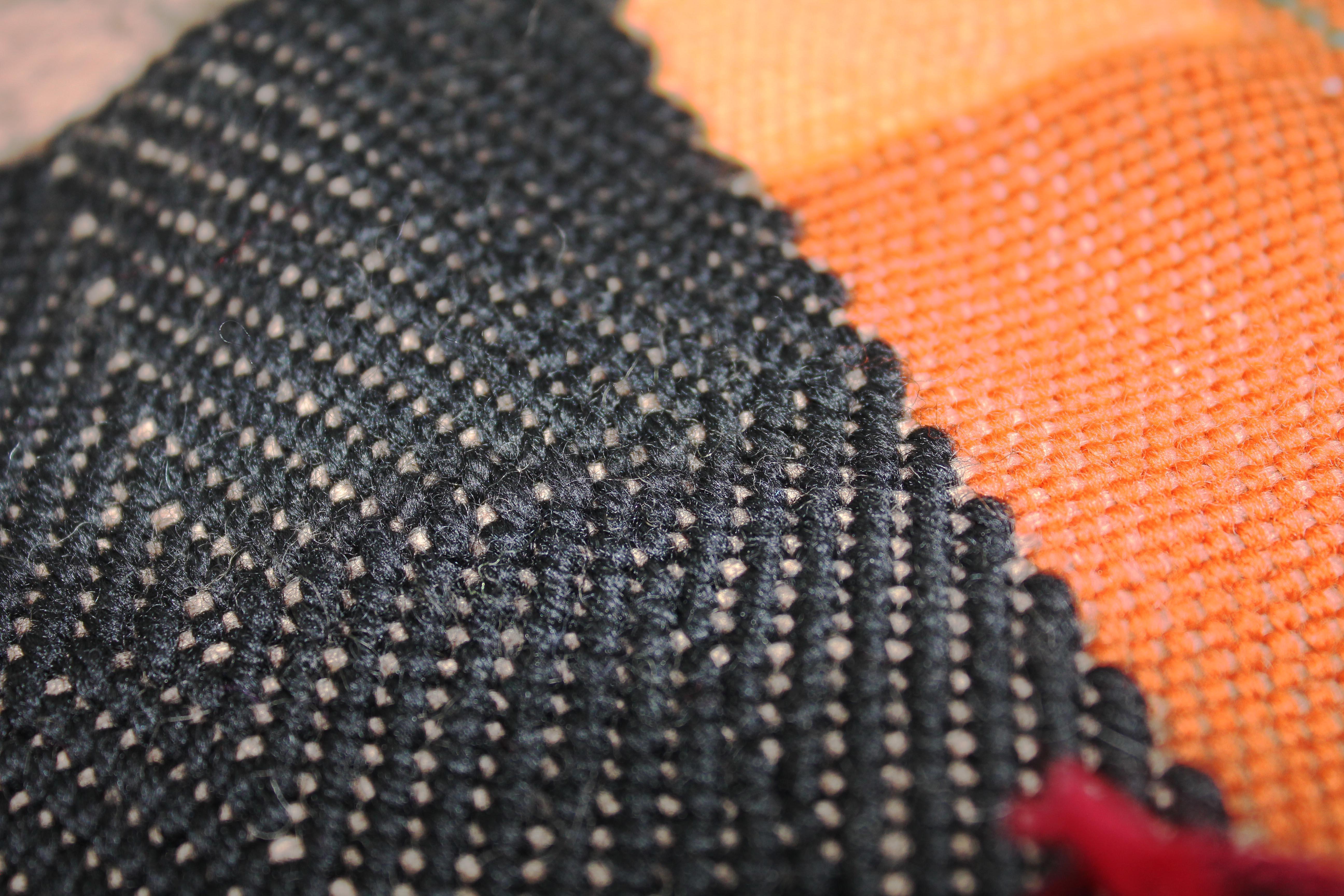 オレンジブラック